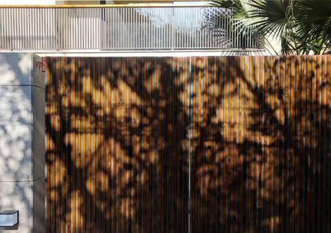 contemporary architecture in Panchsheel park 15.jpg