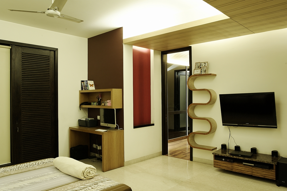 Bedroom_with_Red_Niche_in_a_Modern_Indian_Home_with_Contemporary_Interiors_in_Ne