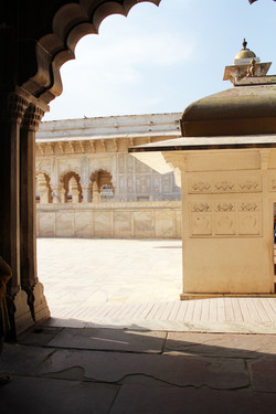 The Fort at Agra - Photo Essay by Amit Khanna (17).jpg