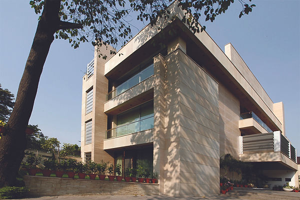 View_of_the_Facade_of_a_Modern_Indian_Ho