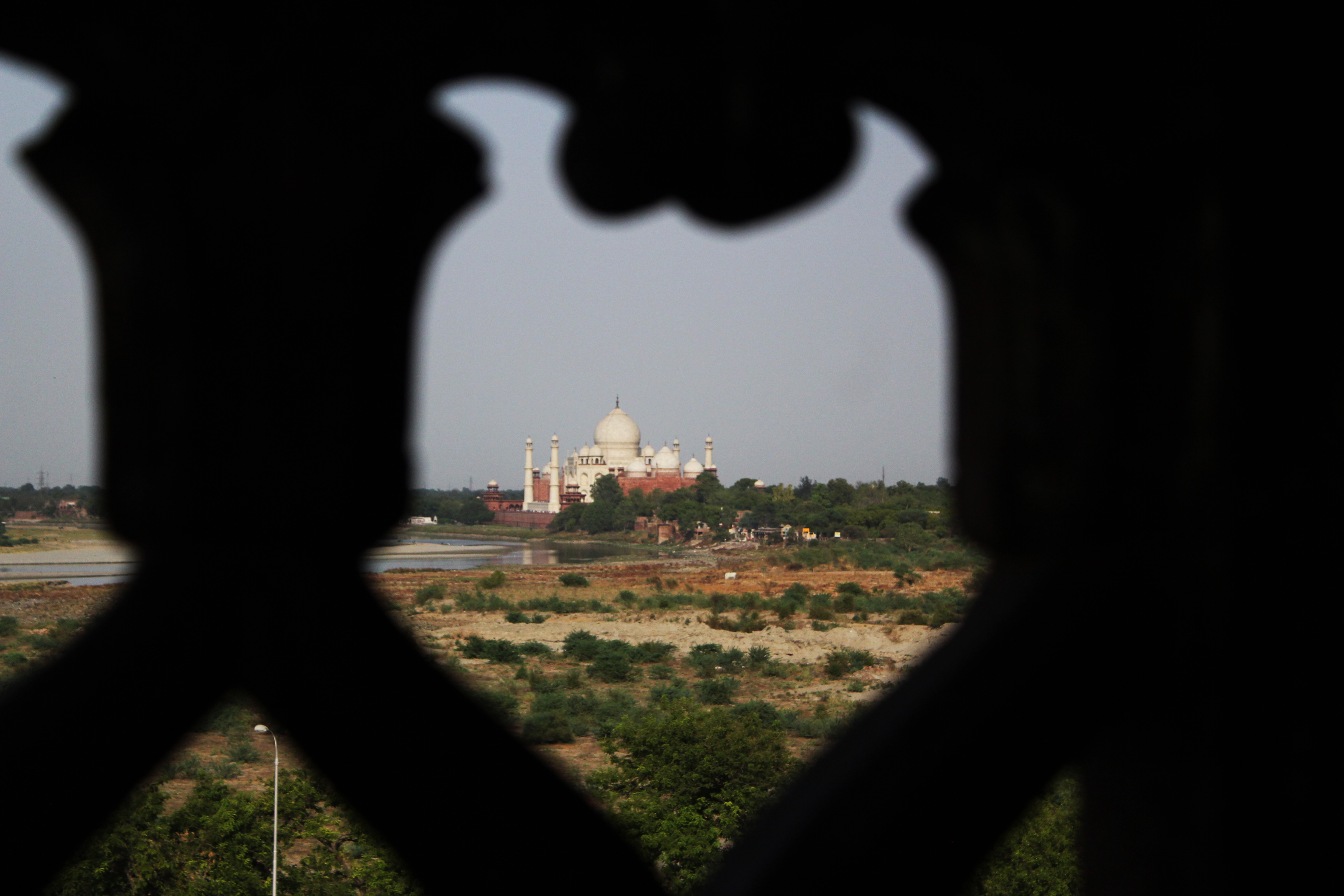 The Fort at Agra - Photo Essay by Amit Khanna (18).jpg