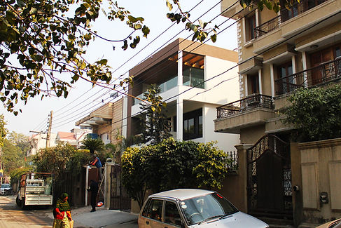 Street_View_of_Modern_Indian_Home_with_C