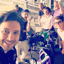 Thomas, Oliver & friends. Catching up at the golf course.