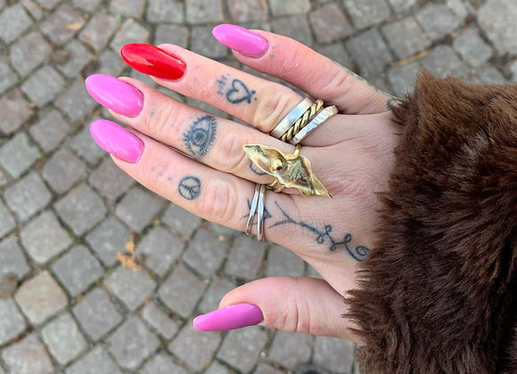 Golden pussy ring - small