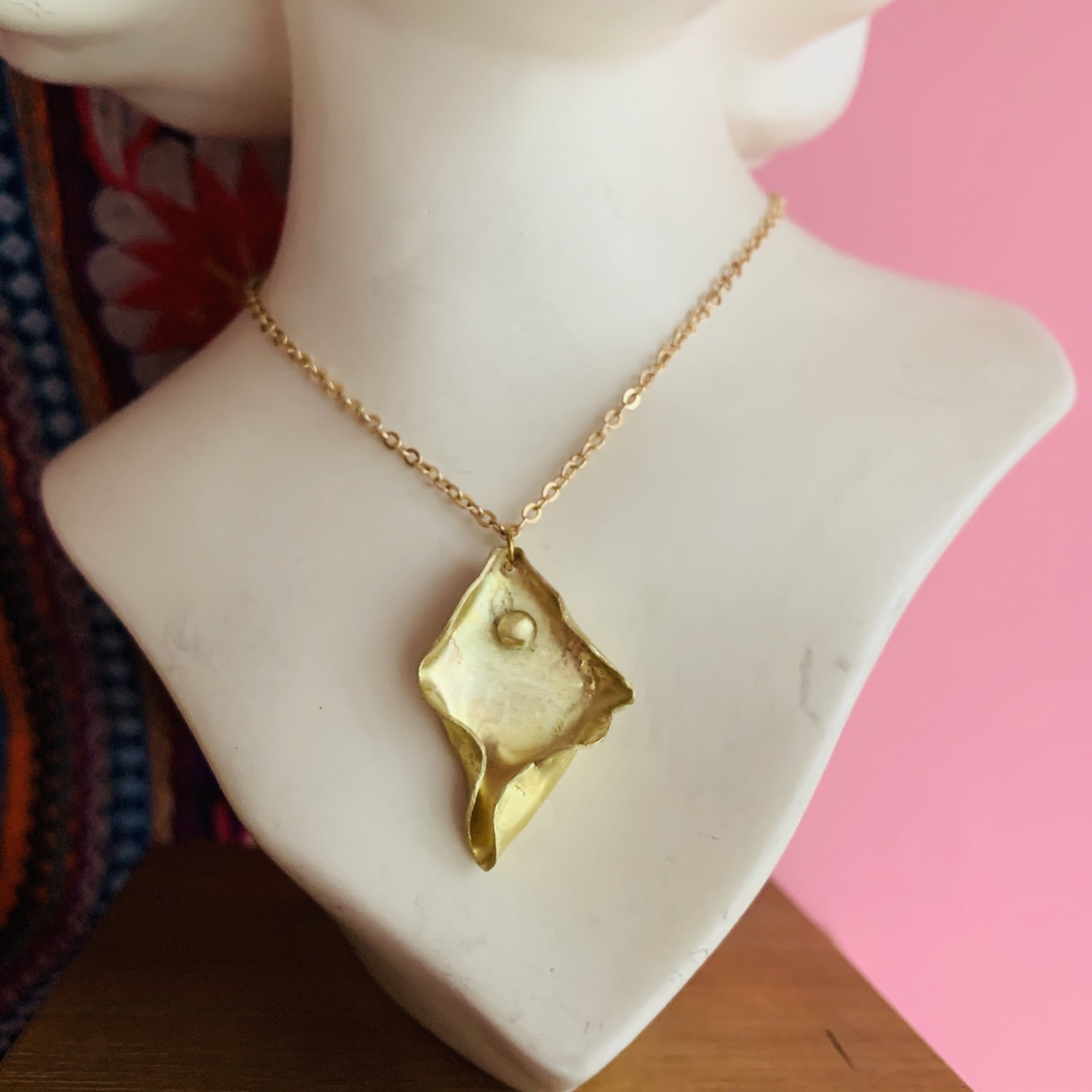 Thumbnail: Golden pussy necklace