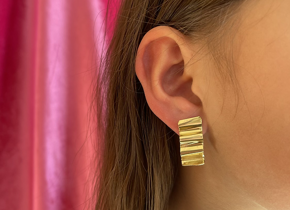 Small wave earring - one of a kind