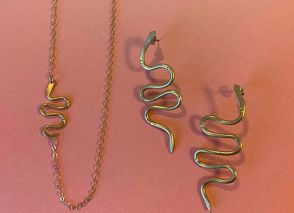 Mini snake necklace - brass