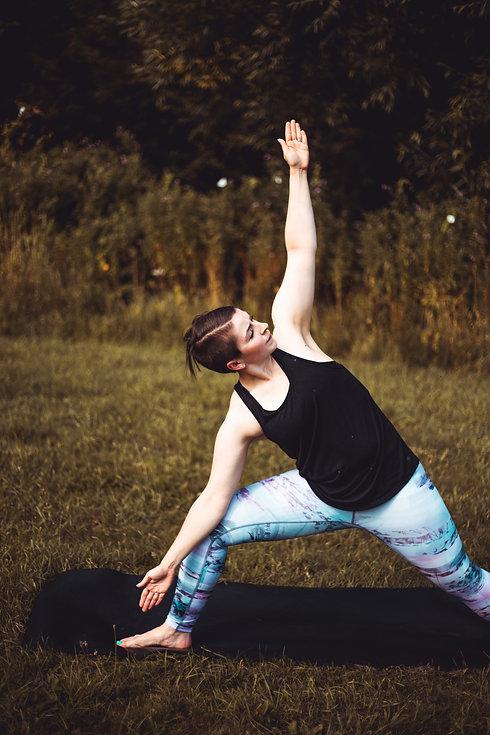 Jade X Yoga Shoot-7936.jpg