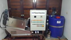 Dehydrator dosing unit