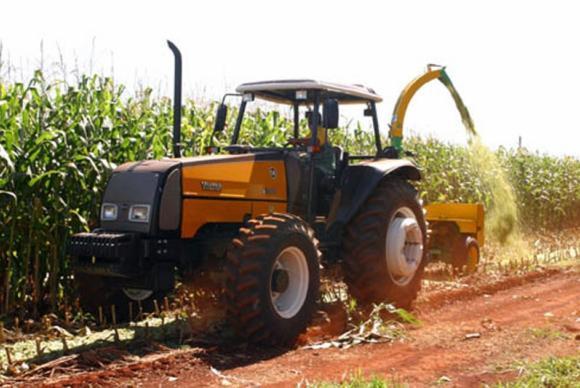 """""""Saimos de um estoque de 7 milhões de toneladas para 20 milhões de toneladas de uma safra para outra"""", diz o superintendente da Conab (Arquivo/Agência Brasil)"""