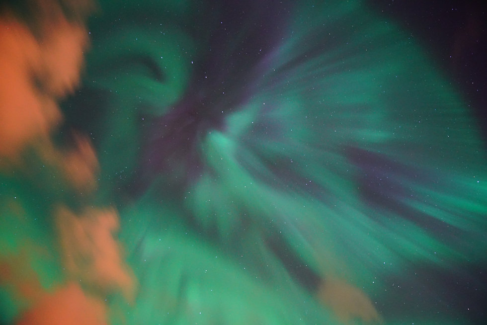 northern-lights-3273420.jpg