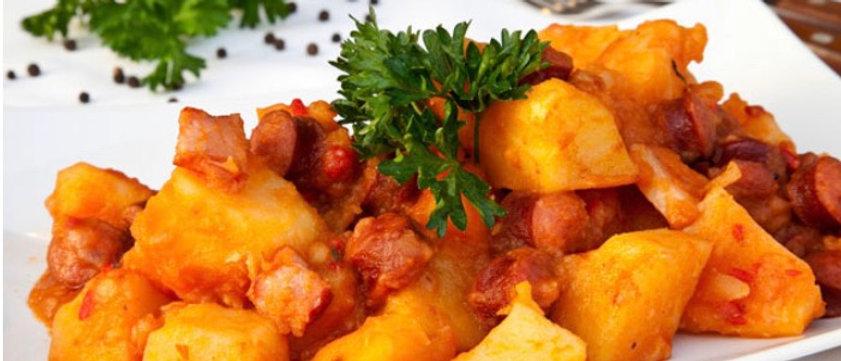 Mancare cartofi cu carnati macelaresti 1.2 kg
