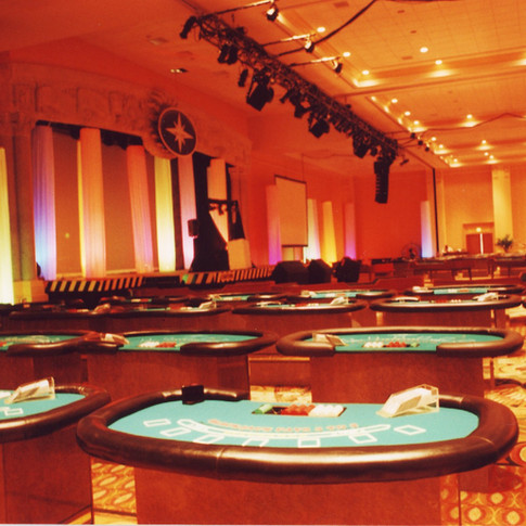 Tables with Illuminated Columns