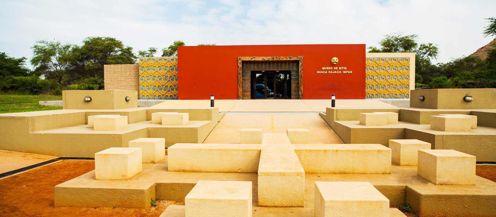 Huaca Rajada Museum