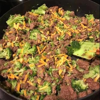 Hamburger Broccoli Cheese Melt