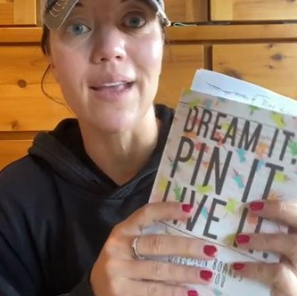 """""""DREAM IT, PIN IT, LIVE IT"""" (Chapter 2): """"There's Power in the Pin"""" 