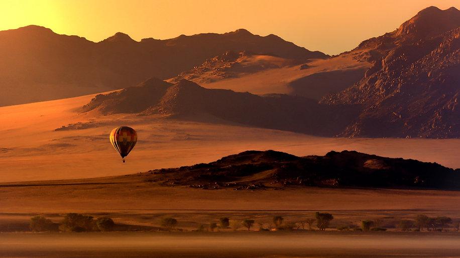 Survol Namib Montgolfière.jpg