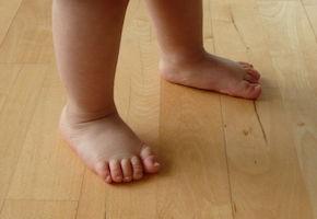 pieds enfants.JPG