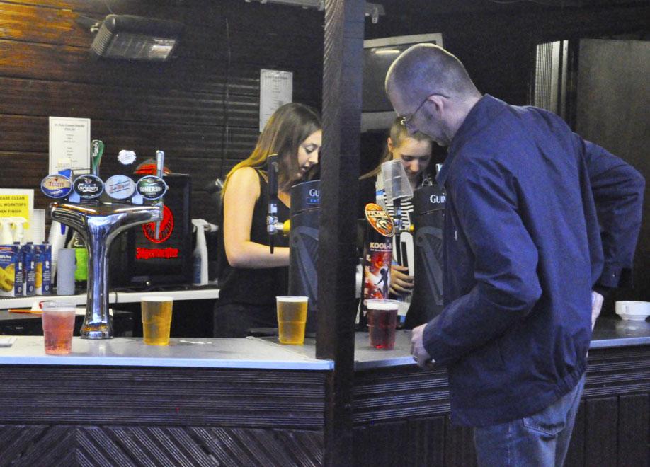 Outside Bar 2.jpg