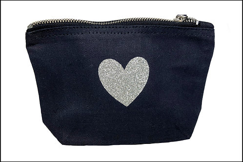 Solid Heart Bag (wide base)