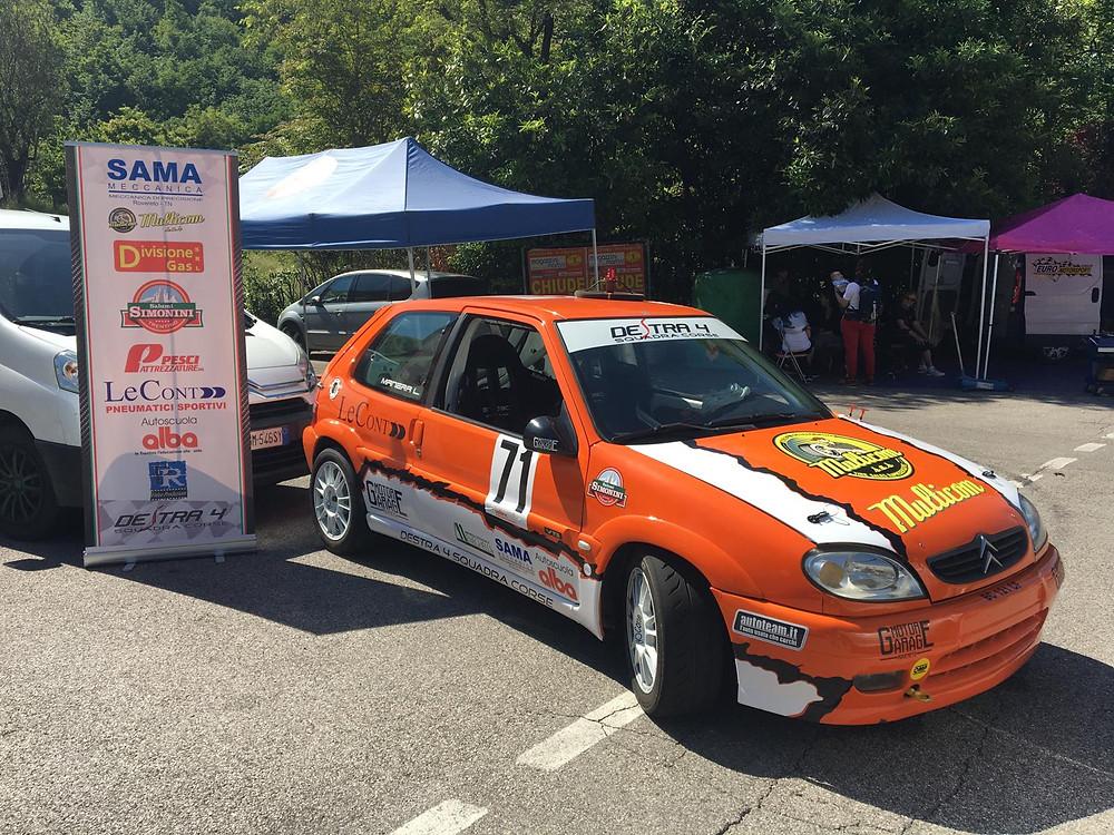 La Citroën Saxo VTS di Luca Manera nel parco assistenza