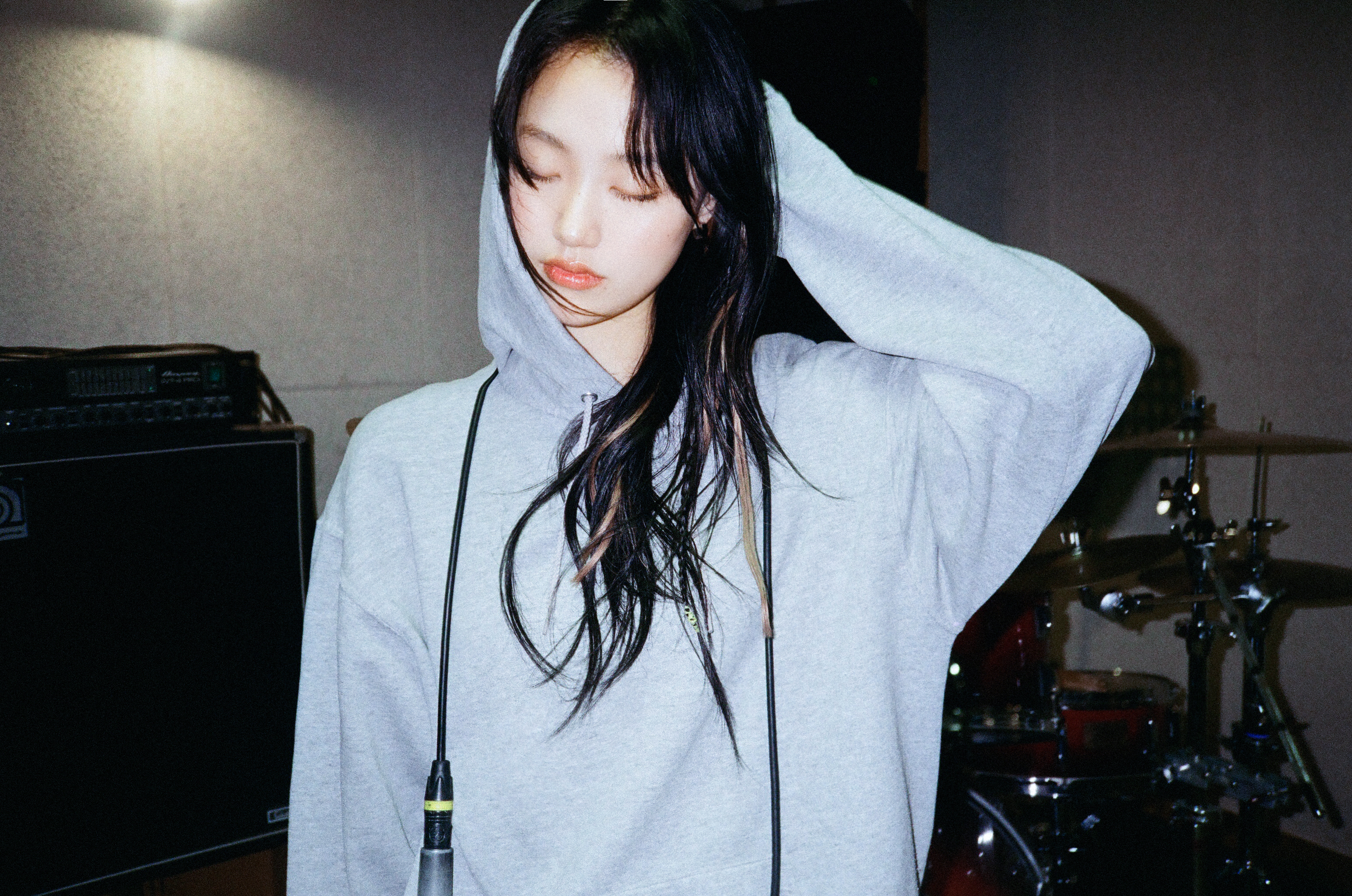 리밋 [1st Mini Album 장르불문 e☆] Concept Photo