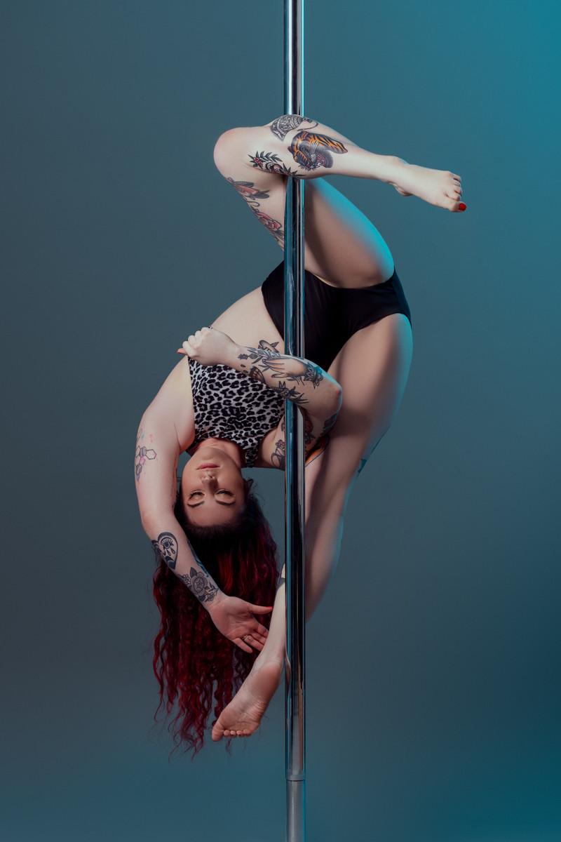 Pole_Dance_Inverted Unicorn.jpg