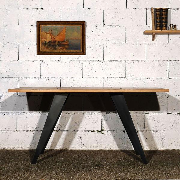 Flash Table.jpg