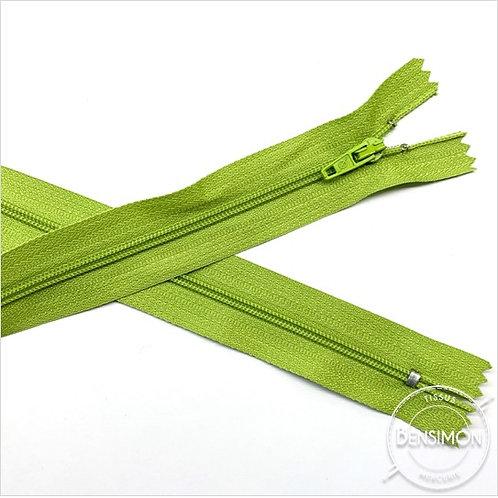 Fermetures nylon 3mm non séparables - Vert anis 20 à 60cm