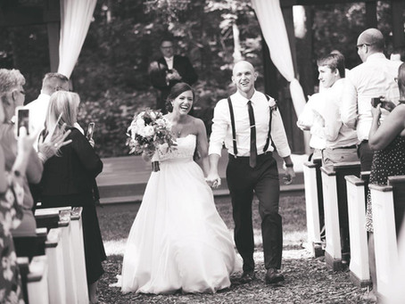Your wedding DOES NOT have to be on a Saturday…and no this is not crazy talk!