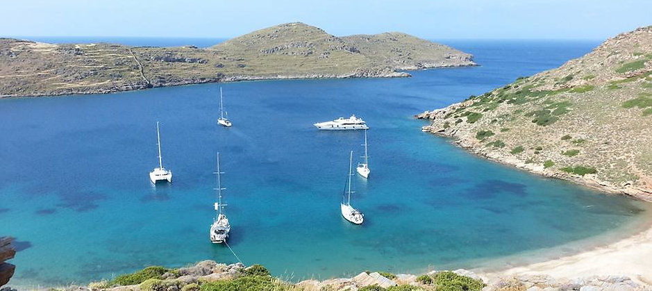 Sailing vacations in the Cyclades