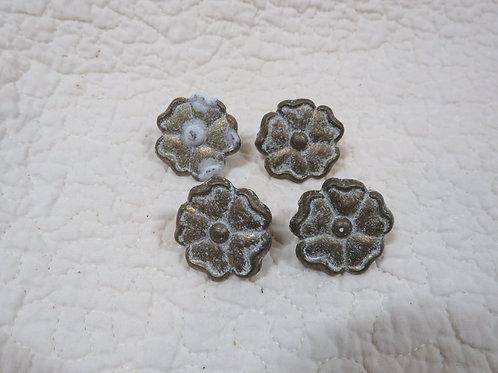 4 Drapery / Curtain Pins Metal Flowers Vintage