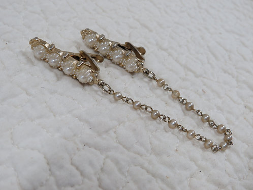 Sweater clip guard faux pearls Vintage