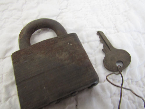 Vintage Masterlock Padlock with key