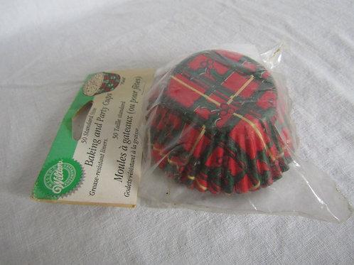 50 Wilton cupcake liners nos 1995