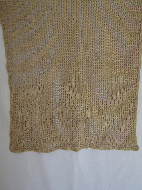 Rectangle Lace with Tulips across the bottom Vintage