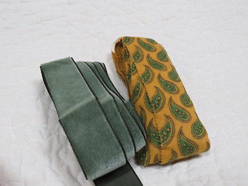 3 1/2 yards velvet ribbons Vintage