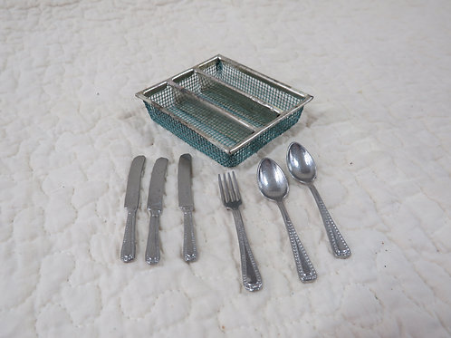 Doll house Silverware and rack Spoons Knives and fork