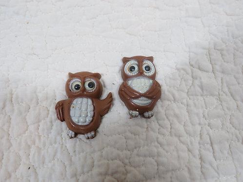 2 Owl Magnets Vintage