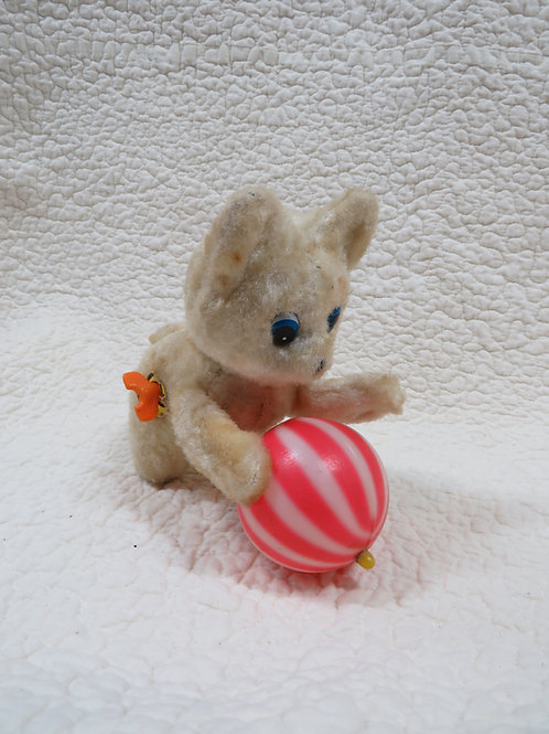 Wind up Kitten / cat with ball Vintage