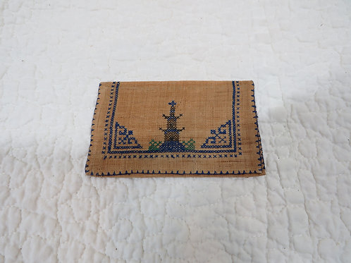 Embroidered folded case Vintage