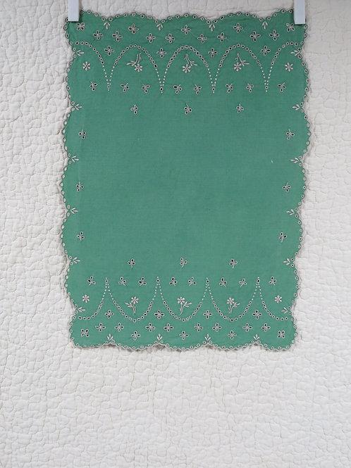 Green cotton towel lace scallop edges Vintage