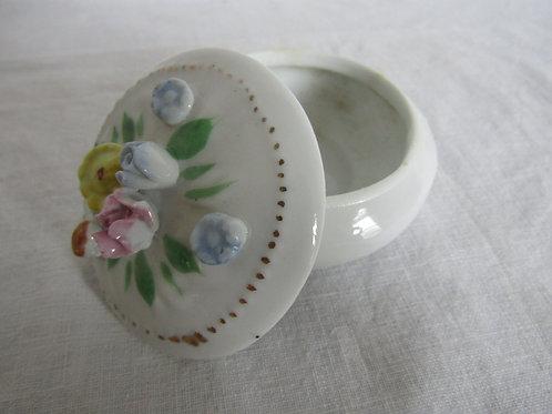 Ceramic Trinket Box nos Floral Design Vintage