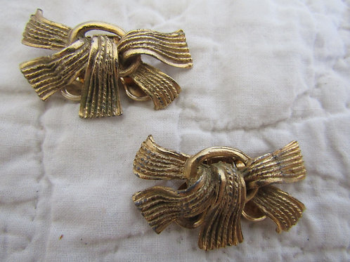 Vintage Musi Dress or Shoe Clips in a gold tone metal