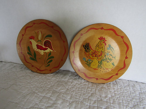 2 Wood Plates Rooster and Chicken Vintage
