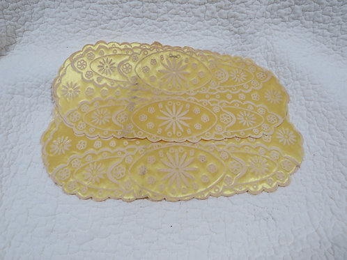 3 Yellow doilies Vintage items