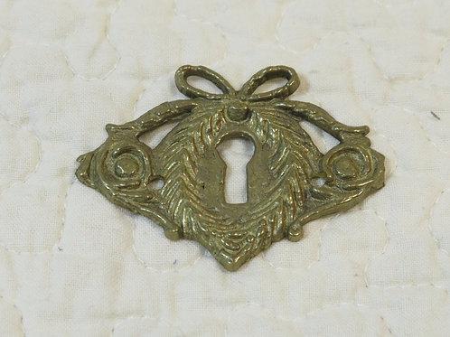1 Brass Escutcheon nos Vintage Item