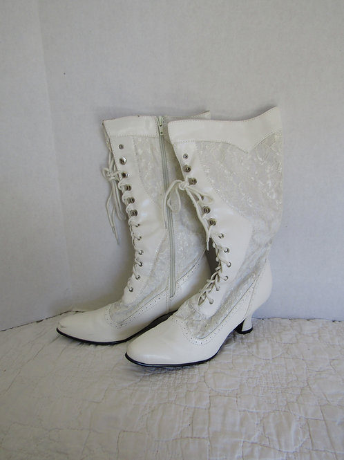 Retro White Ellie Boots with Lace insets Size 7