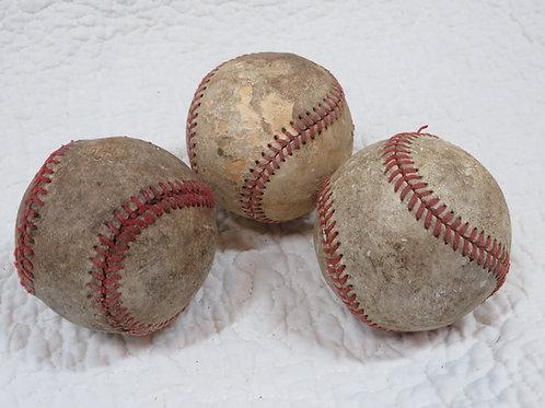 3 Baseballs leather Vintage