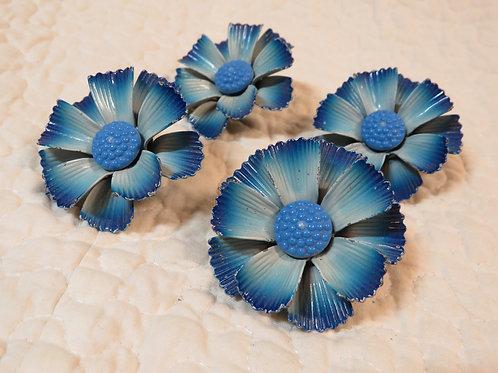 4 Drapery Curtain Flower Pins Vintage